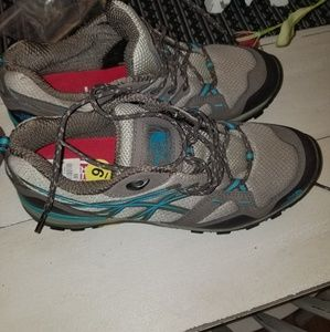 NWOT The North Face Hiking Sneakers